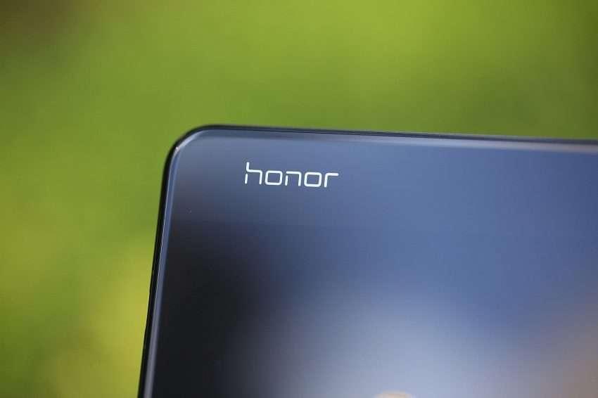 صورة هونر في 30 – Honor V30 | تسريب صور دعائية للهاتف