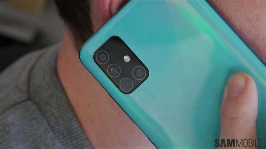صورة جالكسي اى 42 | سامسونج تخطط لإطلاق أرخص هاتف 5G