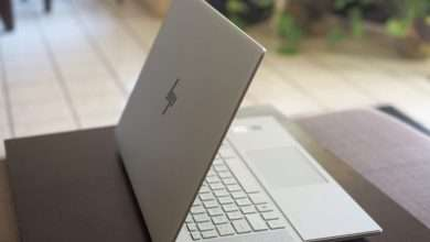 صورة اتش بي انفي 15 HP Envy بتصميم نحيف وشاشة تدعم HDR