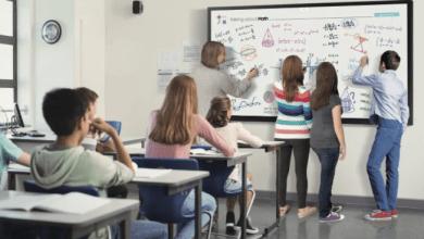 سامسونج تطرح سبورة عرض رقمية تفاعلية للتعلم عن بُعد