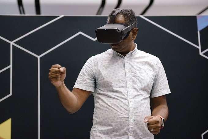 نظارة الواقع الافتراضي من ابل قادمة بمواصفات مميزة وسعر باهظ