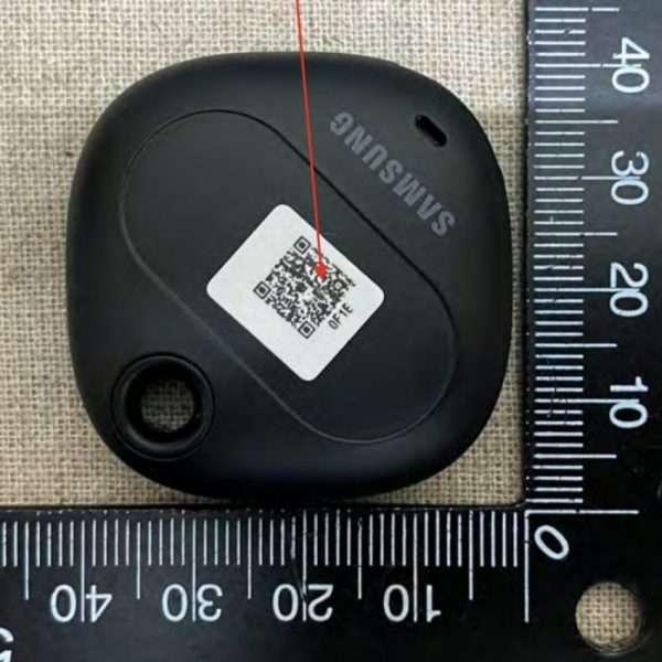 """تسريبات Galaxy Smart Tag """"جهاز التعقب من سامسونج"""" بتفاصيل جديدة"""