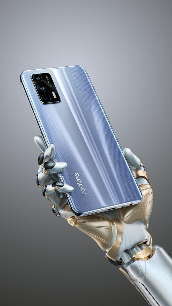 ريلمي جي تي 5 جي - realme GT 5G ملصق جديد يكشف إصدارًا آخر من الهاتف