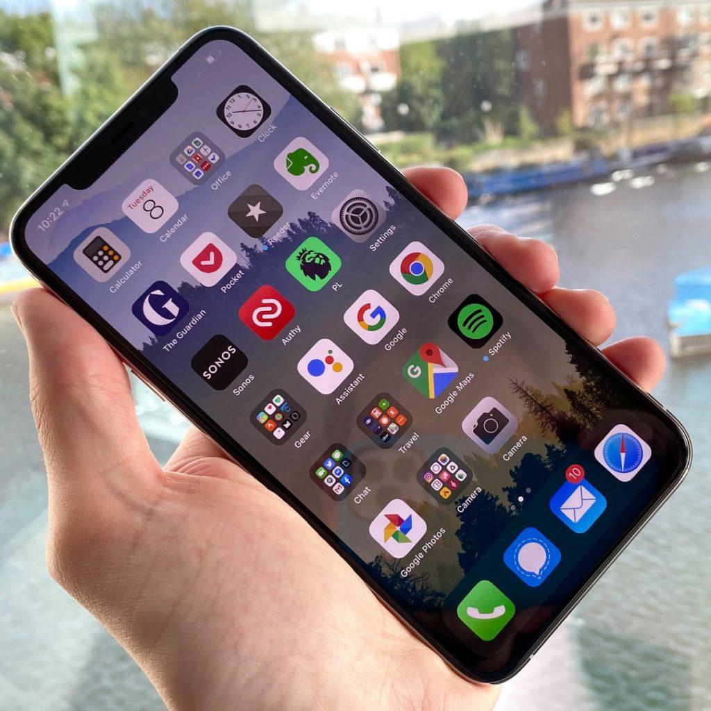 إزالة خدوش شاشة الهاتف بطريقة جديدة ومبتكرة 2021 .. تعرف عليها