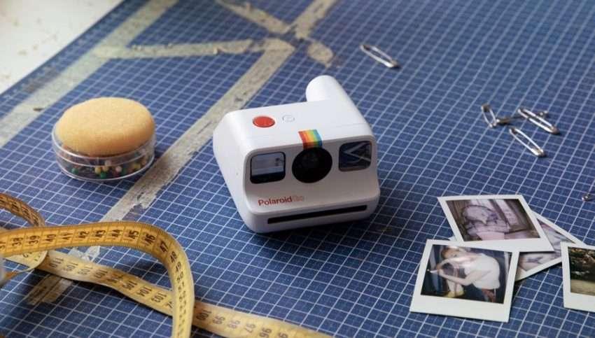بولارويد جو - Polaroid Go أصغر كاميرا فورية على الإطلاق رسميًا