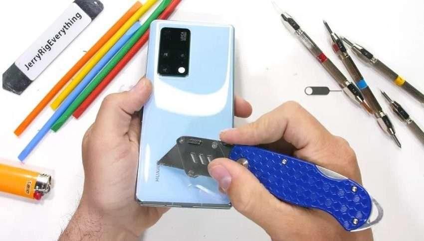 هواوي ميت اكس 2 – Huawei Mate X2 القابل للطي يخضع لاختبار متانة ويحقق نتائج صادمة !