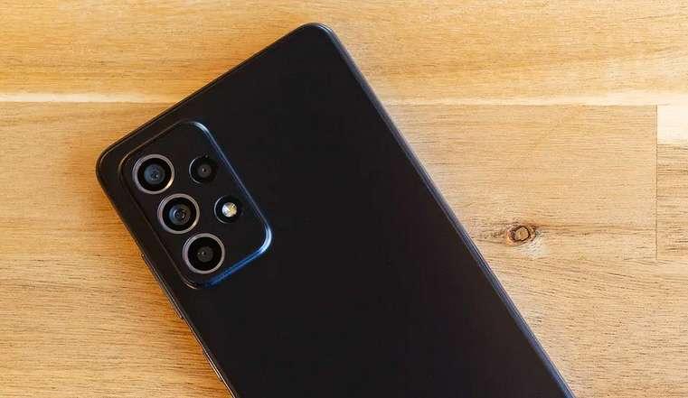 سامسونج جالكسي اى 52 - Galaxy A52 يتلقى تحديثًا جديدًا 2021 بميزة هامة للغاية